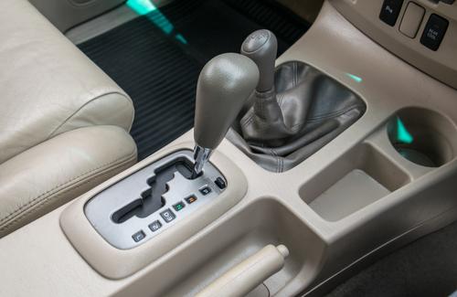 samochody z automatyczną skrzynią biegów