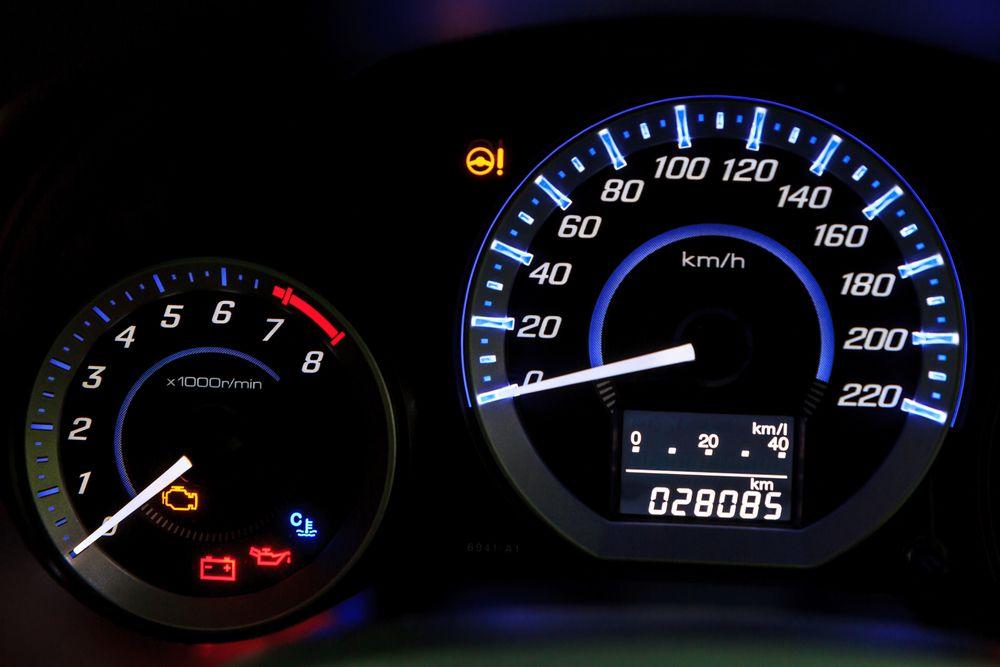 System kontroli kilometrażu zakończy przekręcanie liczników?