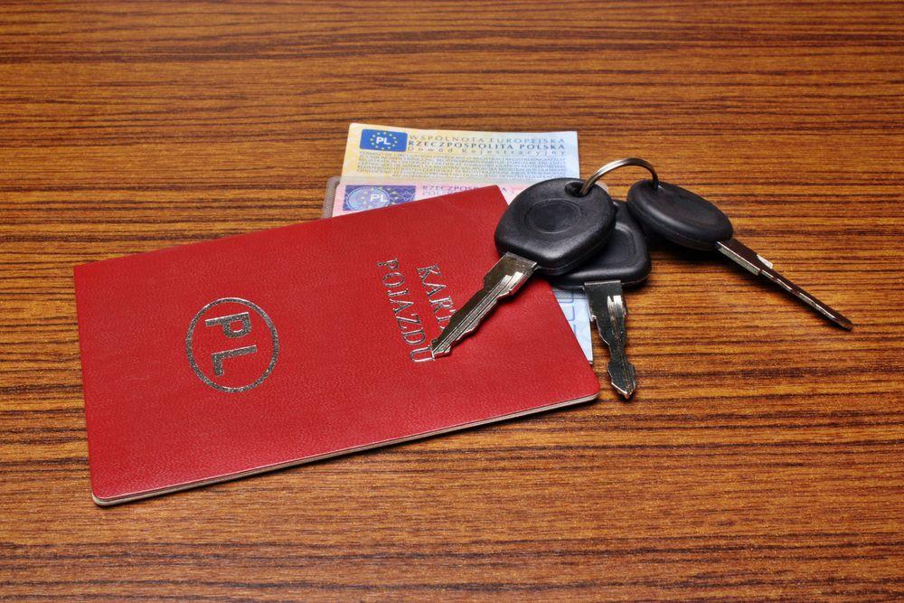 Koniec z obowiązkiem posiadania przy sobie dokumentów auta