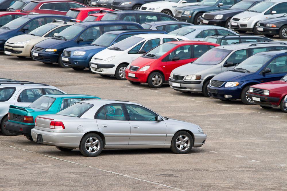 Kup, sprzedaj oraz napraw pojazd dzięki portalowi plusAuto