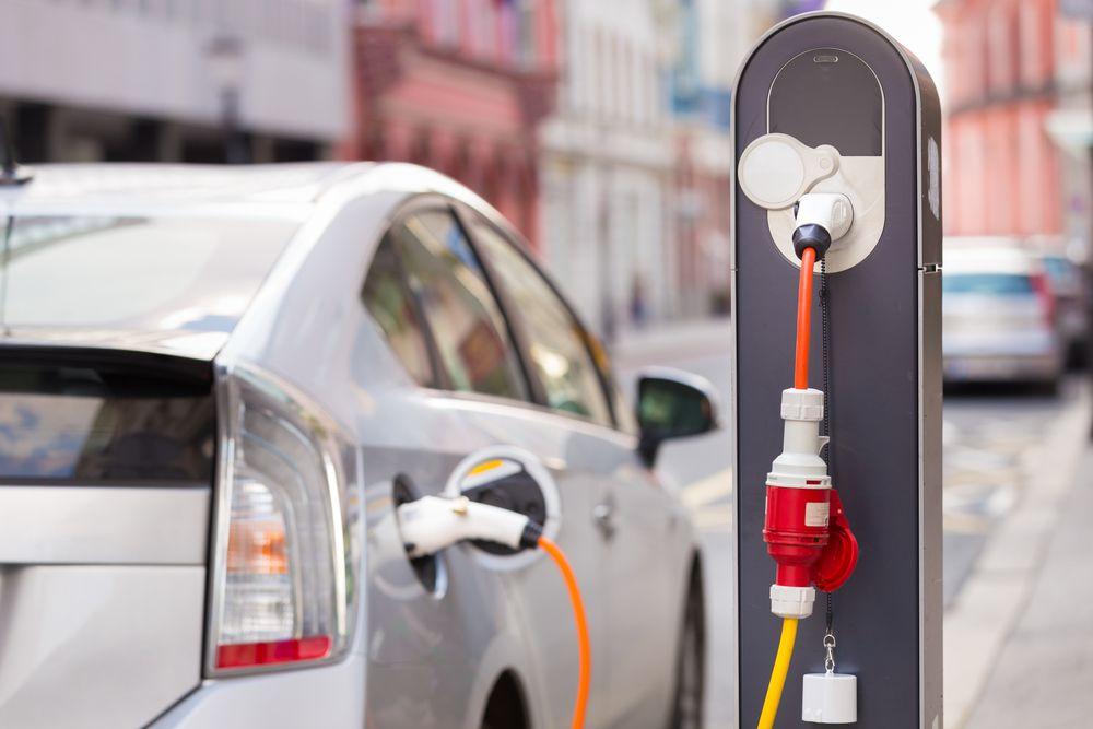 Rząd szykuje sowite dopłaty do aut elektrycznych