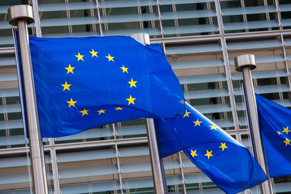 Efekt Unii Europejskiej: miliony aut z importu w ciągu 15 lat przynależności Polski do UE