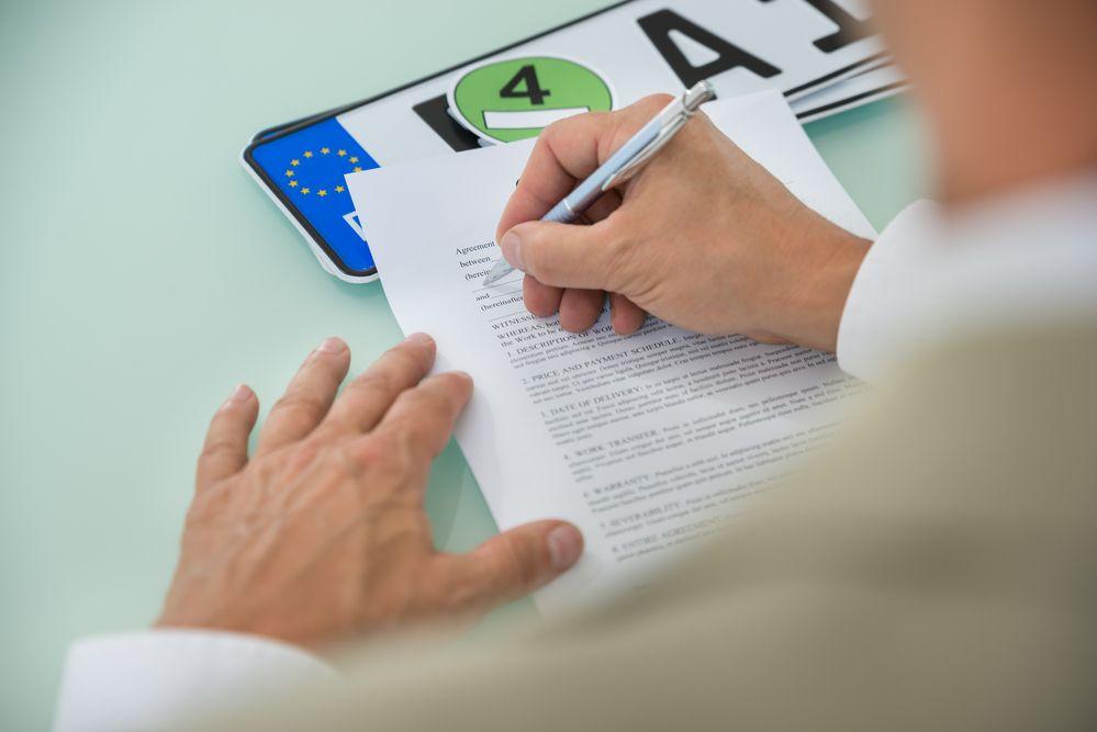 Od stycznia 2020 r. kary finansowe za brak rejestracji używanego auta